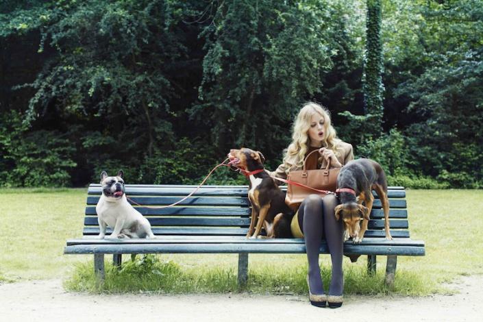 Vrouw Glossy – hondenweer